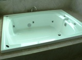 Устройство гидромассажа в ванной