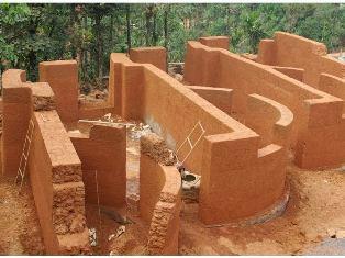 Строительство землебитного дома