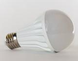 Как решить проблему тусклого свечения лампочек при пониженном напряжении электросети
