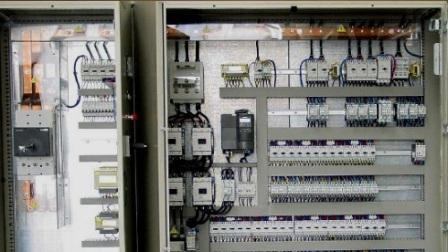 Шкаф с электрооборудованием