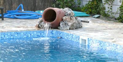 Рециркуляция для очистки воды в бассейне