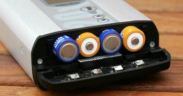 Использование пальчиковых батареек