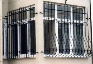 решетки на окнах для охраны дома